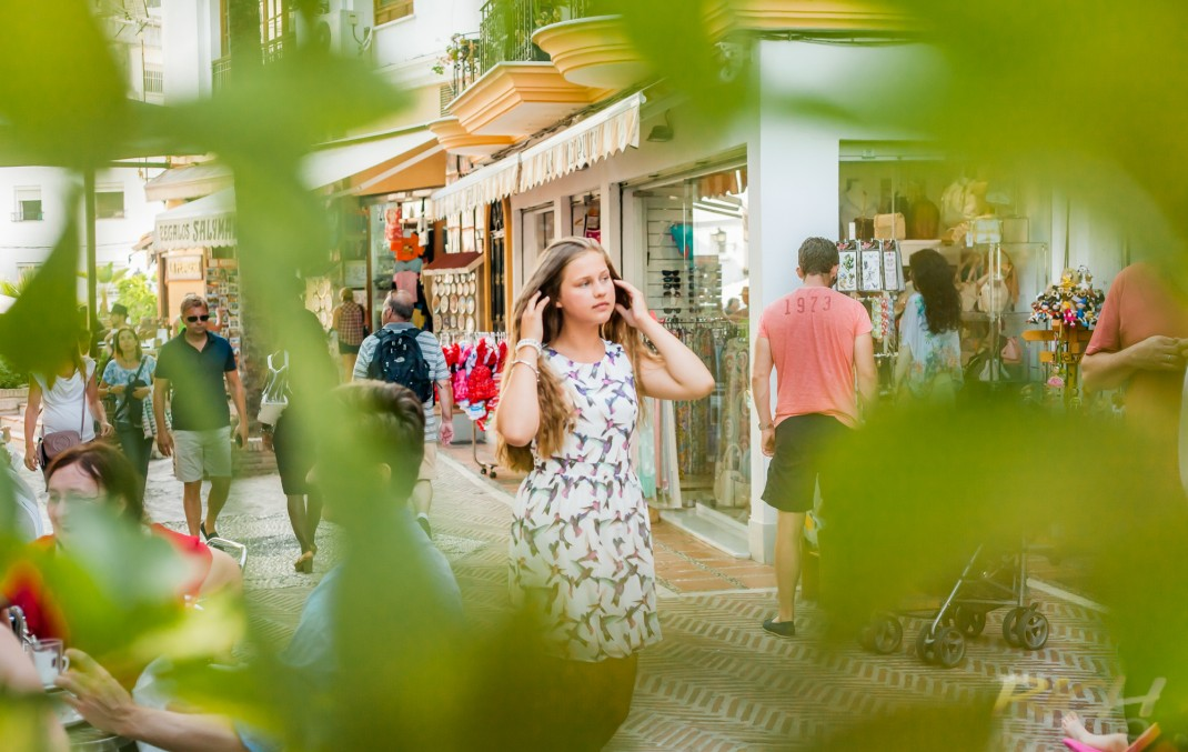 Teenager_Photoshoot_Old_Town_Marbella_Rich_PhotoVideo_043-848
